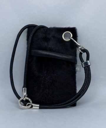 djac goat fur black
